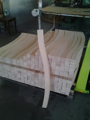 פרופילים מעץ בוק לתעשייה