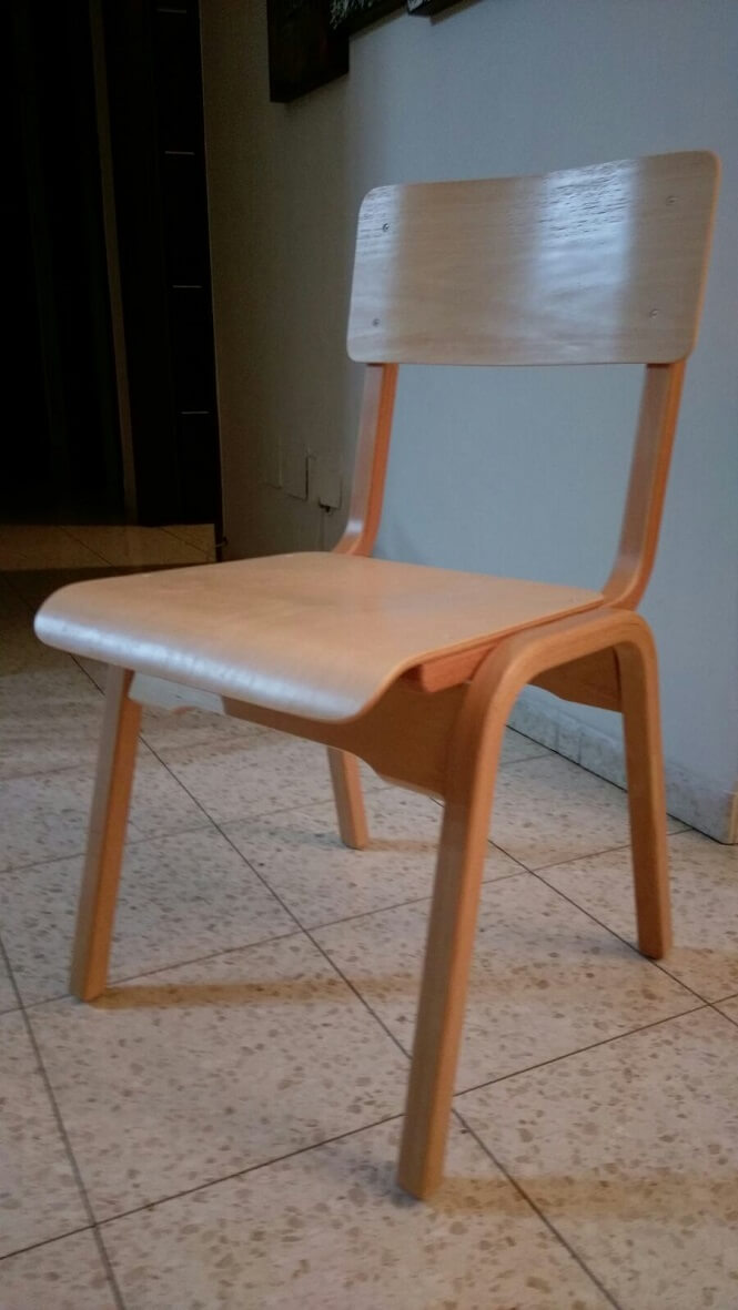כסא עץ לילדים - עשוי מבוק מיבוא מאירופה