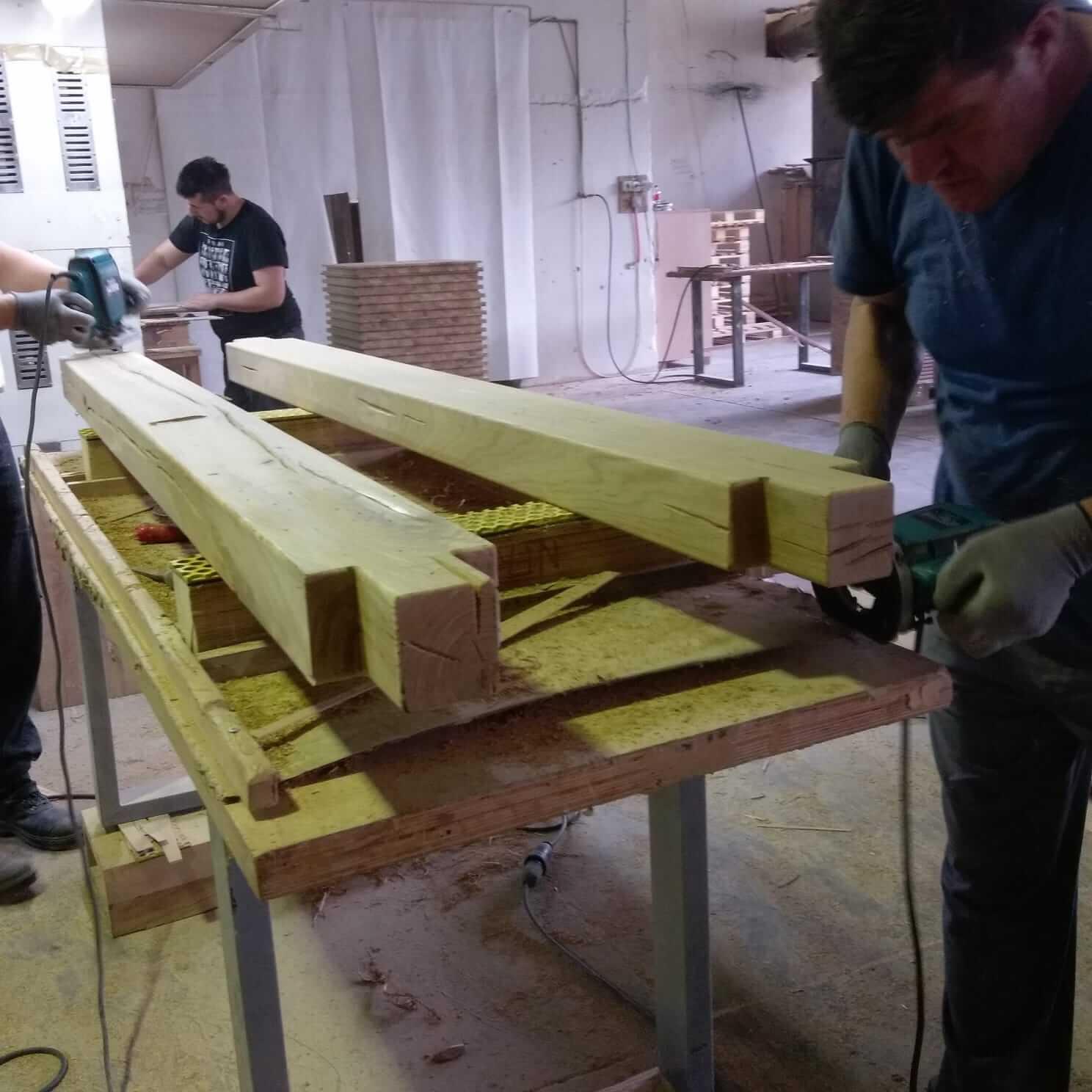 קורות של מיטה מעץ אלון - דגם A