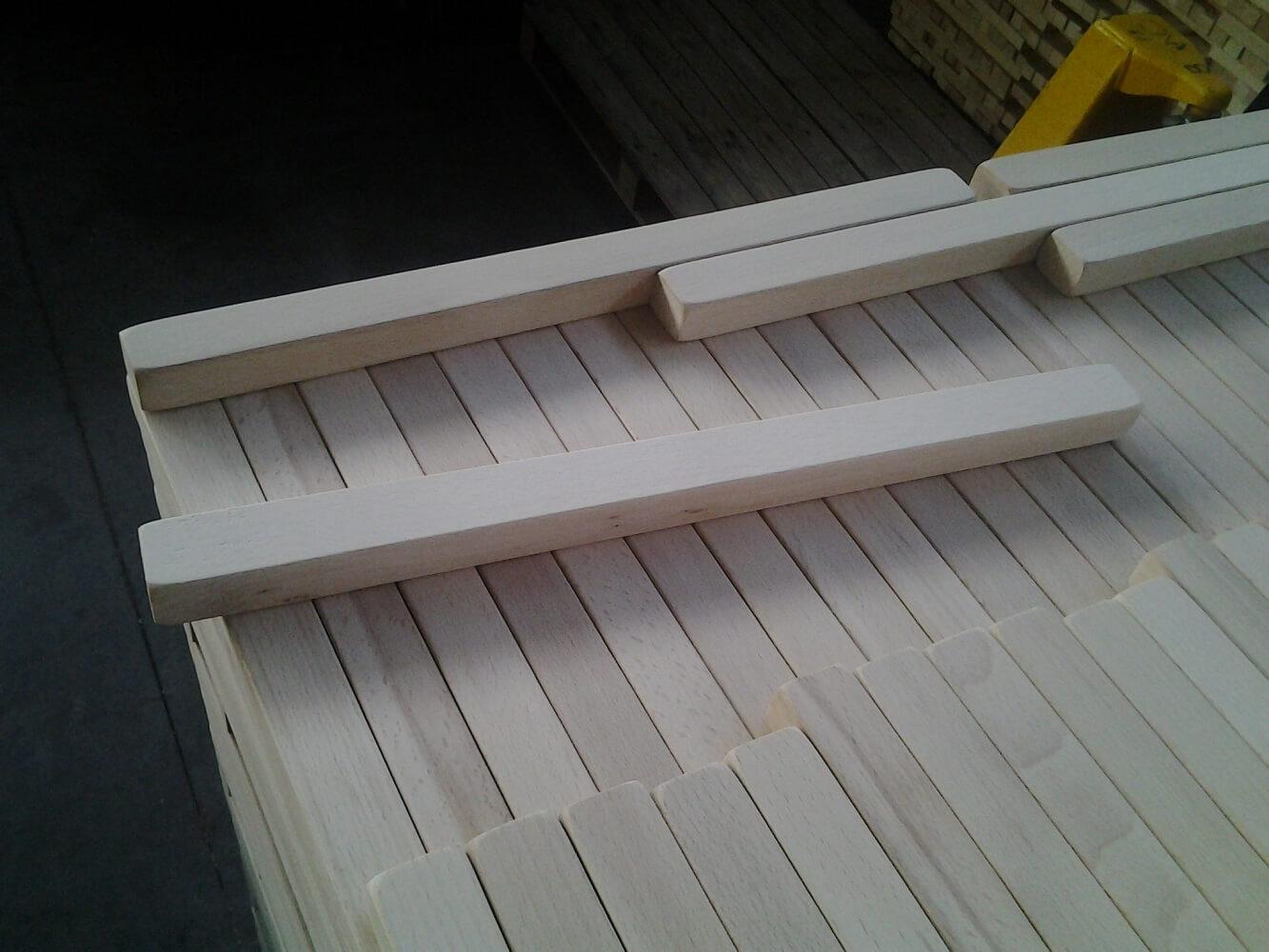 Beech wood mouldings