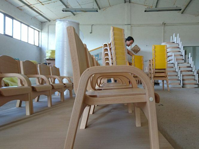 kids wooden chair for kindergartens