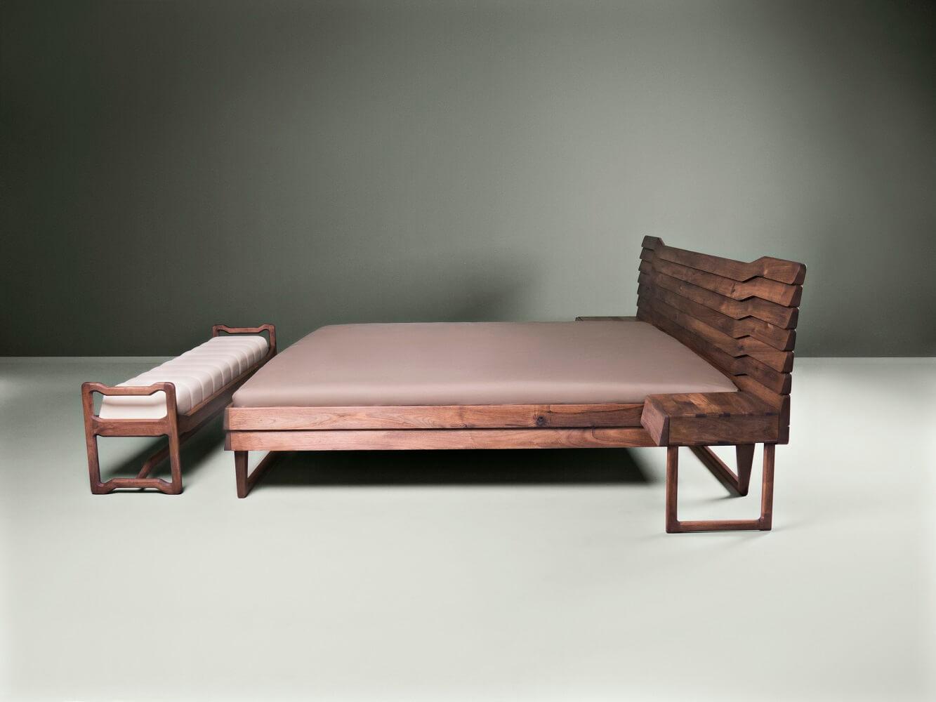 European walnut double bed - Talas
