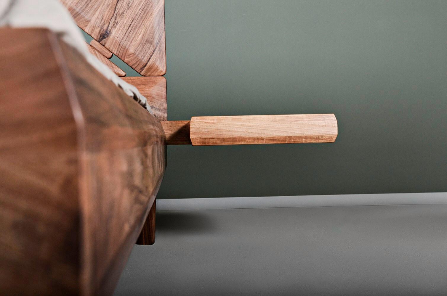solid walnut wooden bed - Mista